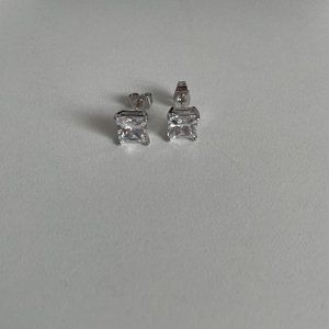 18K White Gold Plated Princess Cut Clear Cubic